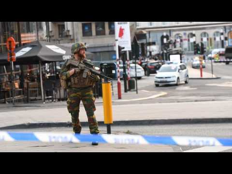 News Update Man shot in Brussels rail station amid bomb belt claims 20/06/17