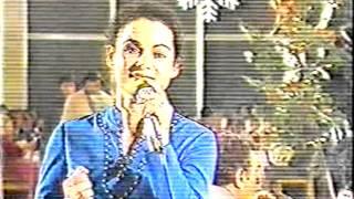 Kamuran Goranci me shoqerine muzikore Metaliku nga Gjakova,vit 1986-I