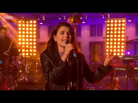 Jessie Ware - Alone (Glasshouse) Live on The One Show + Interview. 16 Feb 2018