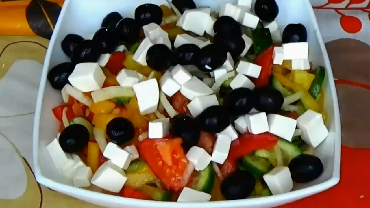 Greek Salad How To Make A Greek Salad Easy Greek Salad Recipe Salad Recipes