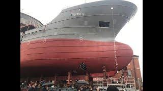 Впервые за 20 лет на заводе «Янтарь» спускают на воду рыболовецкое судно