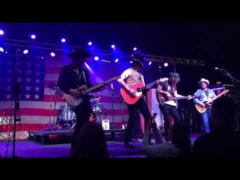 Tougher Than the Rest Bruce Springsteen Cover Live Midland Live Choctaw Casino Grant, OK 01/13/18