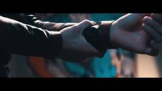 Смотреть клип Lowlow & Mostro - Supereroi Falliti