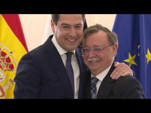 El Consejero de la Junta de Andalucía, Juan Bravo, no pierde de vista la evolución de Ceuta