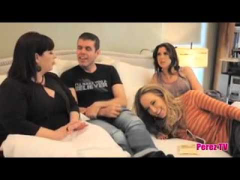 Wilson Phillips and Perez Hilton in bed 2011/10/06