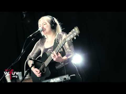 "Elle King - ""Ex's & Oh's"" (Live at WFUV)"