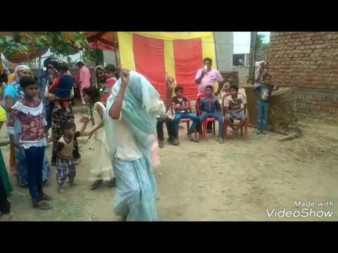 Funny Dance of Old lady| Best Dance on Meri Edi ki dhamak |छज्जे छज्जे पे दे मारी मेरी ज्वानी रसिया|