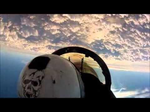 ระทึก เผยคลิปหาดูยากท็อปกันทะยานออกจากเรือบรรทุกเครื่องบิน โลดแล่นบนท้องฟ้า ชมคลิป มติช