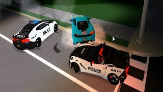 Roblox ULTIMATE DRIVING 09 - COPS SHOOT OUT TIRES TO CATCH CRIMINAL w/ chrisatm