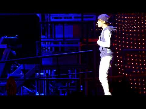 (HD) Justin Bieber Run Away Love & I'll Never Let You Go- Vancouver High Quality