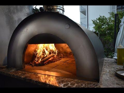 Forni a legna pronti all'uso in TERRACOTTA e acciaio Inox