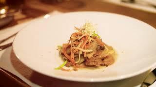 Kulinarisch durch den Tag im Holzhotel Forsthofalm