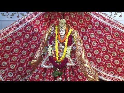 Kyun Idhar Udhar Tu | Devi Bhajan | Narendra Chanchal | Nazare Maiya Ke