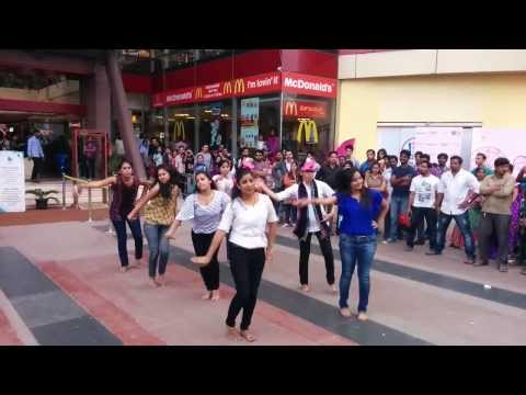 Flash Mob @ Forum Mall, Kormangala, Bangalore (15-02-2014) :-)