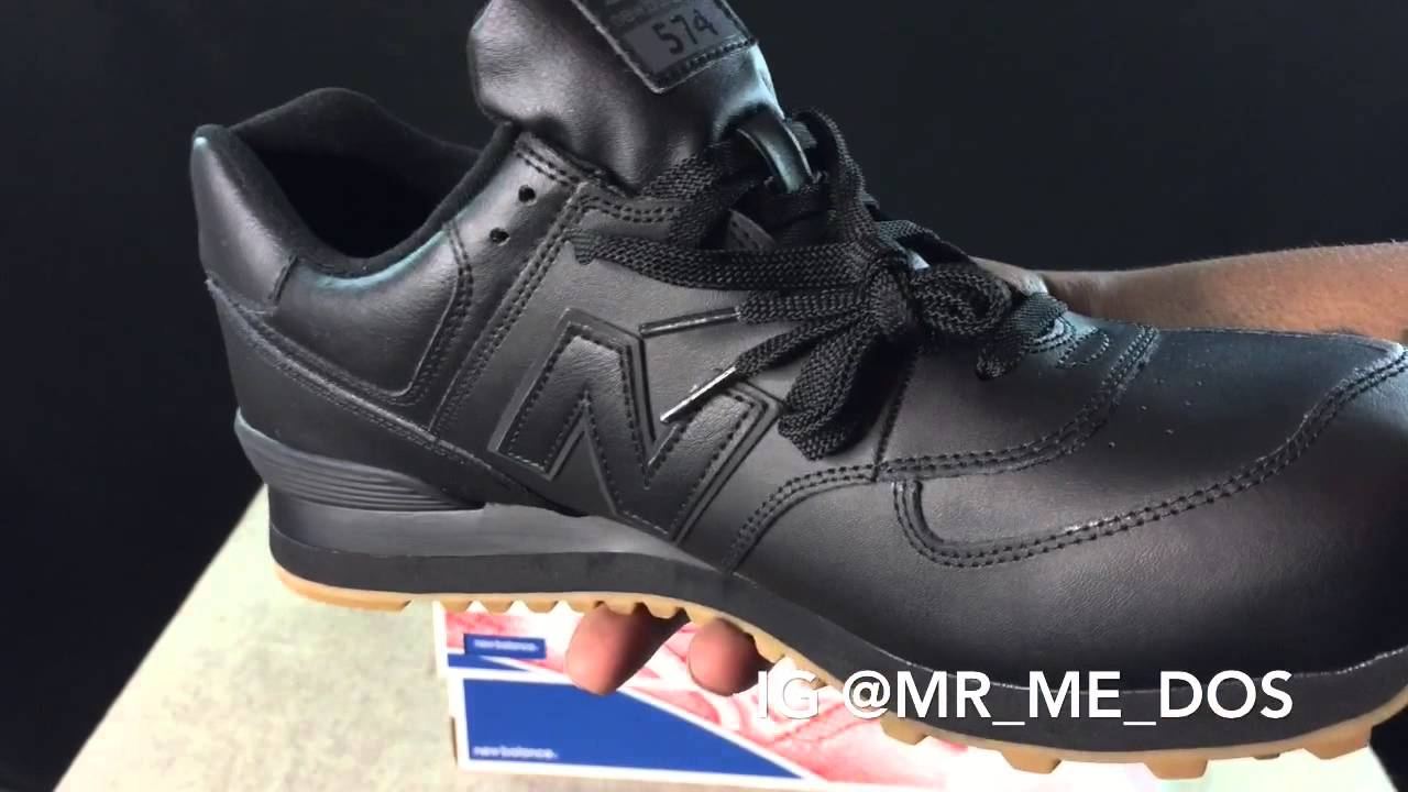 22143dae7 New Balance 574 Black Gum Bottom unboxing & review - YouTube