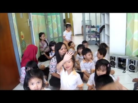 kid-songs-teachers-day-song---thank-you