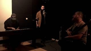 GÜLÜMSE -  Akustik YİĞİT SARIKAYA \