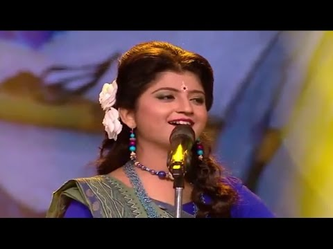 Aditi Munshi | Tomra Kunjo Sajao Go | Live  Chittagong J. M sen Hall Bangladesh