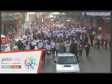 مسيرة للعاملين بالمصرية للاتصالات للحث على المشاركة فى الاستفتاء