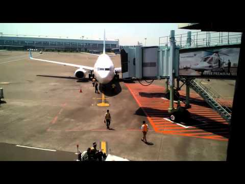 Garuda Indonesia Boeing 737-800 Parking at Soekarno Hatta Intl. Airport