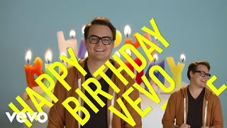 High Fives: Happy Birthday Vevo (Katy Perry, Justin Bieber, Jennifer Lopez, Miley Cyrus...