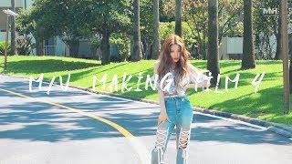 청하 (CHUNG HA) - 'Love U' M/V Making Film 4