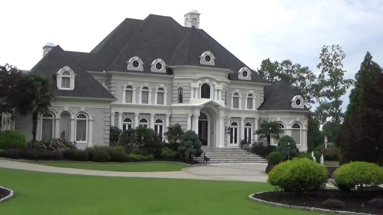 photo: house/residence of cool 50 million earning Atlanta, Georgia-resident