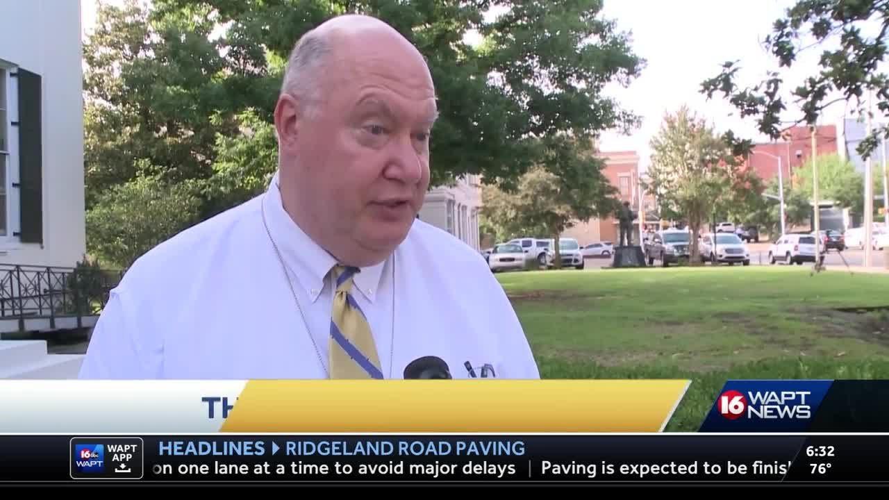 Domino's giving Jackson money to help pave potholes