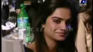 YouTube - atif aslam's best performance [tribute to reshma]akhiyaan.flv