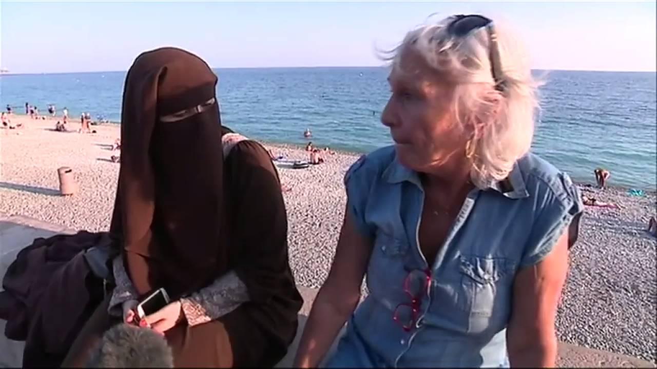 La dispute entre une femme en niqab et une touriste en colère