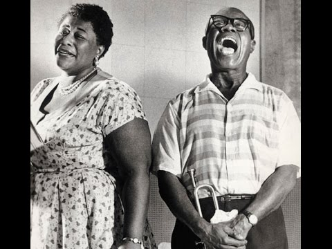 Louis Armstrong & Ella Fitzgerald - Dream a Little Dream of Me mp3 ke stažení