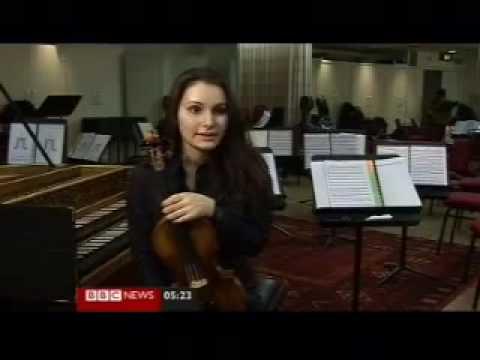 Nazrin Rashidova and FeMusa String Ensemble - BBC News