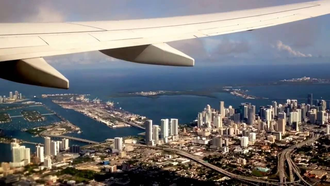 Despegue Aeropuerto Internacional De Miami Florida