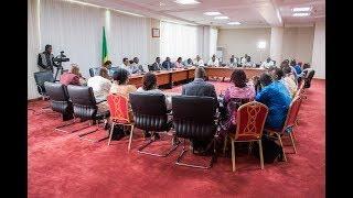 Video Rencontre du PR Bénin avec la Direction et les syndicats du Port Autonome de Cotonou [Partie 1] download MP3, 3GP, MP4, WEBM, AVI, FLV Oktober 2018