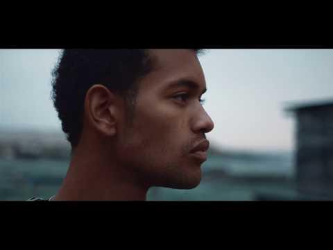 """Stereossauro """"Flor de Maracujá feat. Camané"""""""