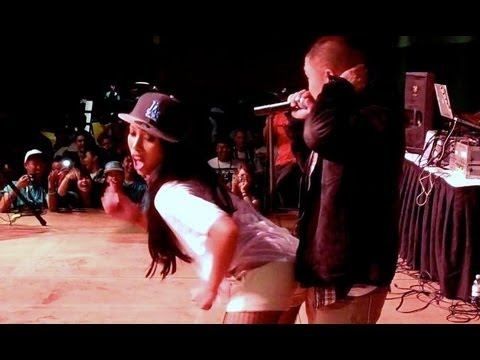 Girl Grinds Me On Stage (Vlog #216- Winnipeg)