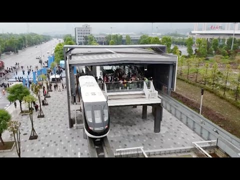 First driverless rail transit system in SW China begins operation