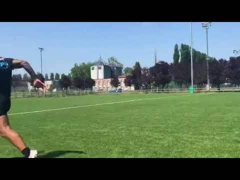 L'ala delle Zebre Bruno ai testi di velocità durante la preparazione estiva del 2019