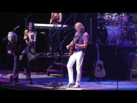 Moody Blues - Higher & Higher  -   Brighton Live -   2013