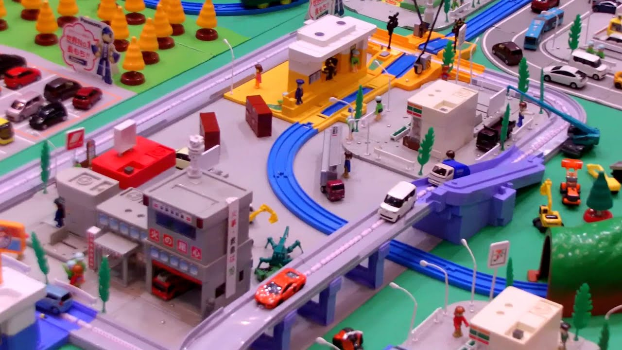 Tomica Town At Tokyo Motor Show 2013 Youtube