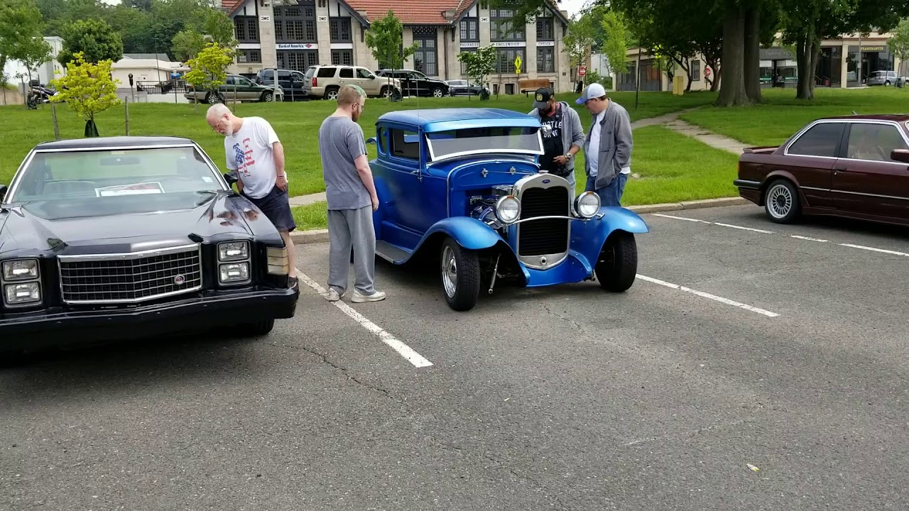 Classic Riderz Of Paterson Nj At Englewood Carshow Nice Day - Englewood car show
