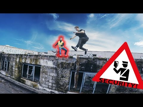*INTERACTIVE* Parkour vs. Security - POV - Help us to ESCAPE