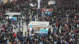 People from all over China return to their hometowns for Spring Festival