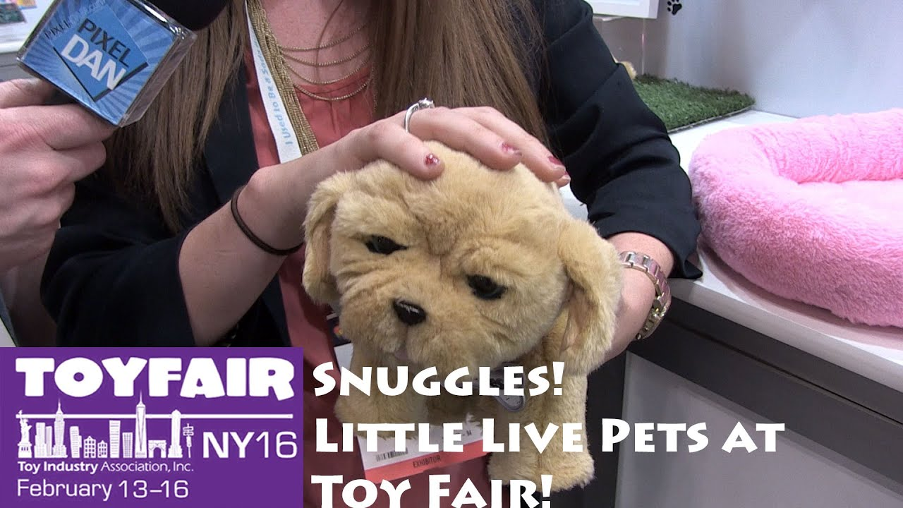 Snuggles the Puppy Little Live Pets at Toy Fair 2016