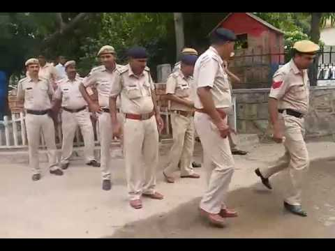 People Protest At Faridabad CP Office