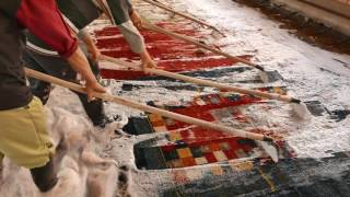 Finishing wash at Zollanvari rugs