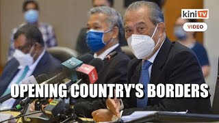 Muhyiddin: Govt to discuss reopening international borders
