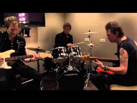 Duran Duran - Backstage Jam Session