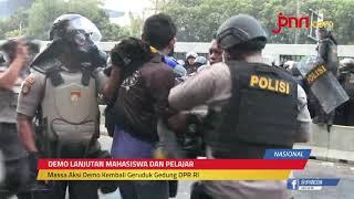 Demo di Sekitar Gedung DPR Memanas, Polisi Tembakkan Gas Air Mata - JPNN.com