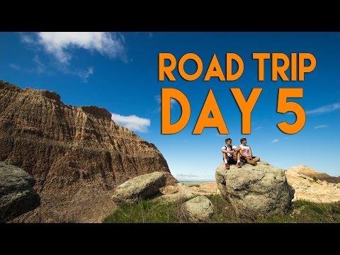 Road Trip Day 5: Hiking Badlands National Park